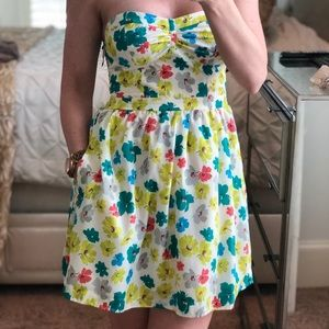 American Eagle Outfitters Dresses - American Eagle Spring Easter Dress Floral size 0
